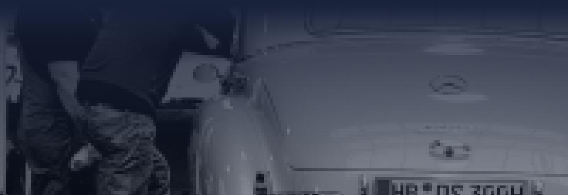 Automonteur met handletsel